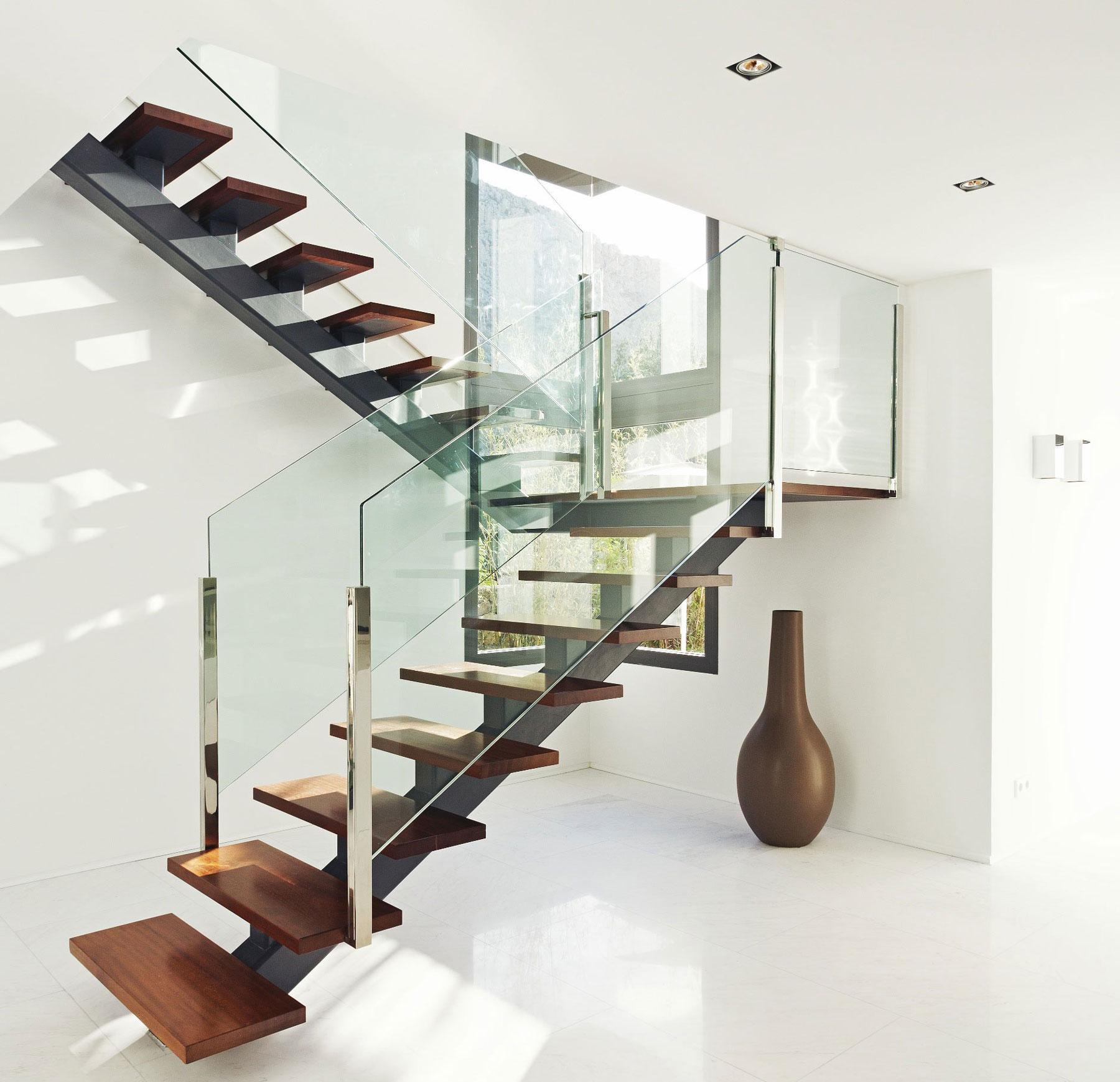 architecture escalier contemporain metal